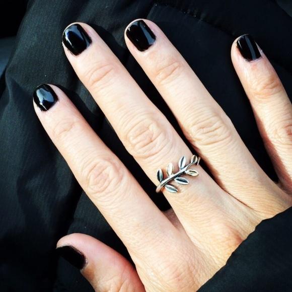 3deec4f747fc4 Laurel Leaves Sterling Silver and 14k gold Ring